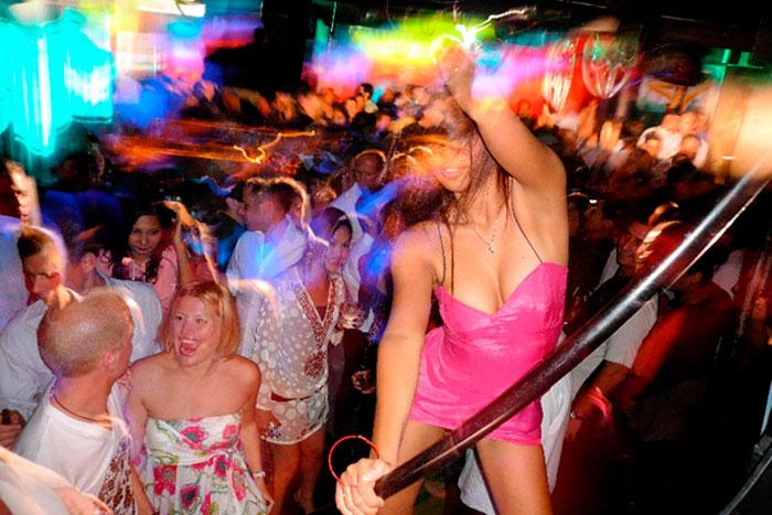 фото бабских развлекух в ночных клубах