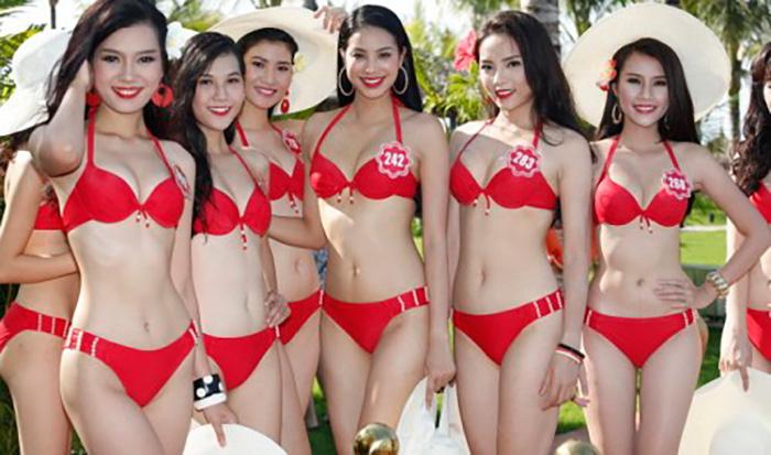Конкурс бикини шоу Мисс Вьетнама 2014 на пляже в Дананге