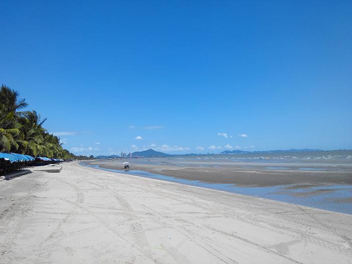 Пляж Банг Саен 2 июля Отлив