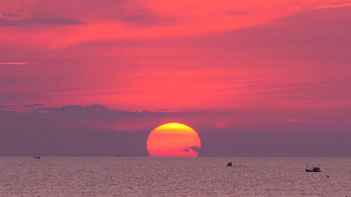 Закат солнца в Паттайе. Pattaya Beach