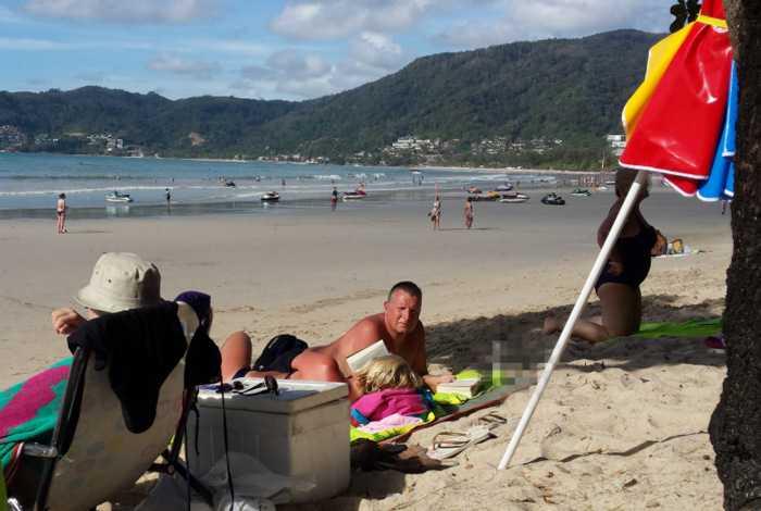 Зонтики на пляжах Пхукета появятся в ближайшее время