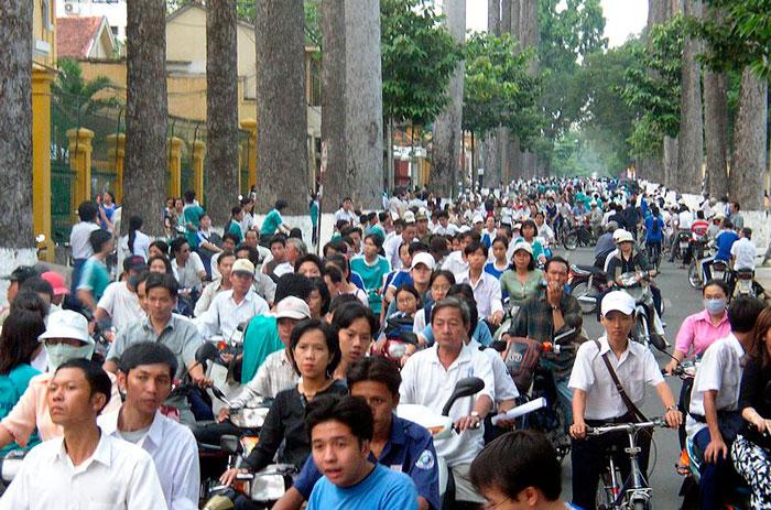 Проезжая часть дороги в Хо Ши Мине
