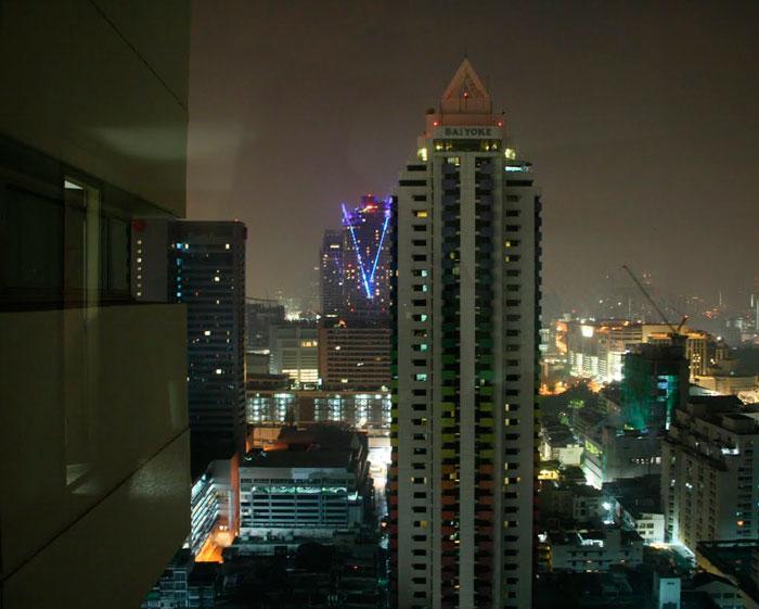 Отель Baiyoke Suite Hotel