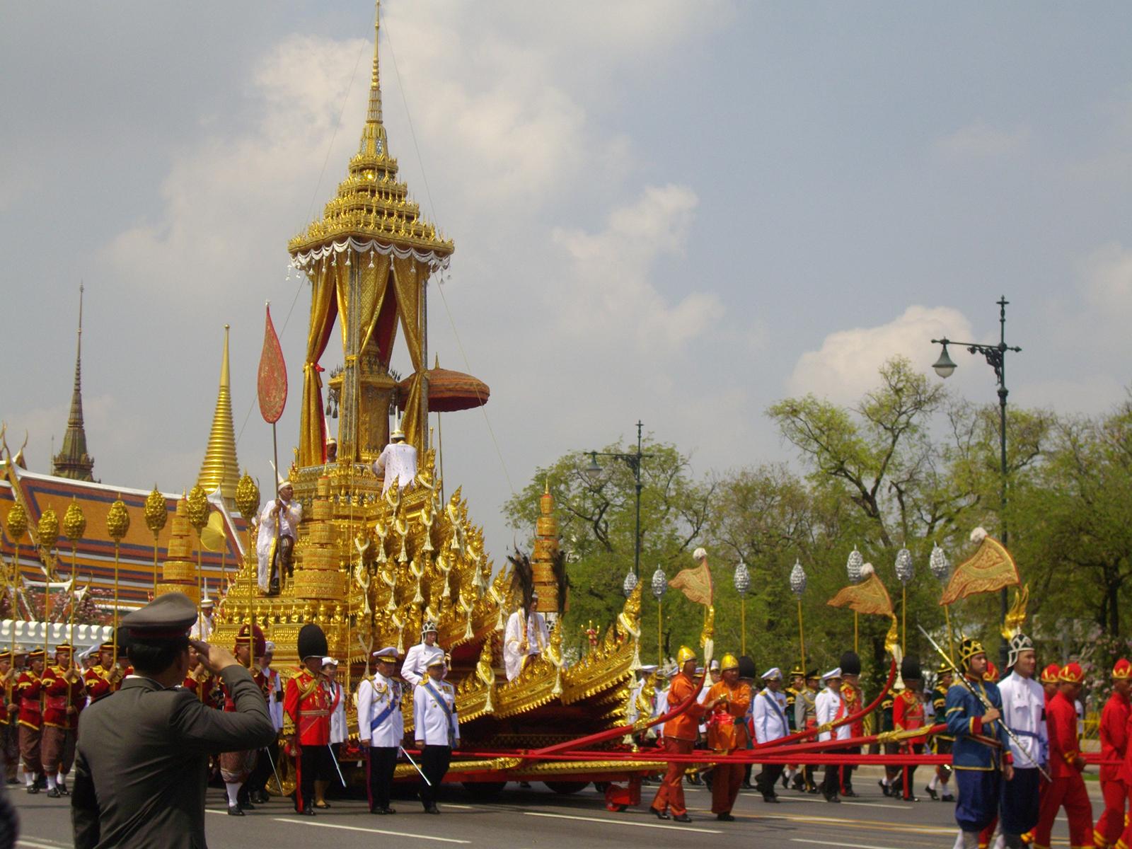 ВТаиланде началось прощание скоролем РамойIX