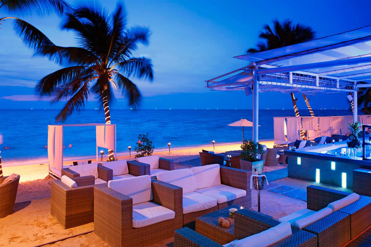Beach Club отеля Pullman Pattaya Hotel G