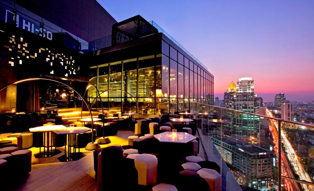 """Бар на крыше """"HI-SO"""" отеля Sofitel в Бангкоке"""
