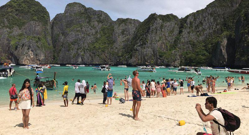 Побывать на пляже Майя Бэй - мечта многих жителей планеты