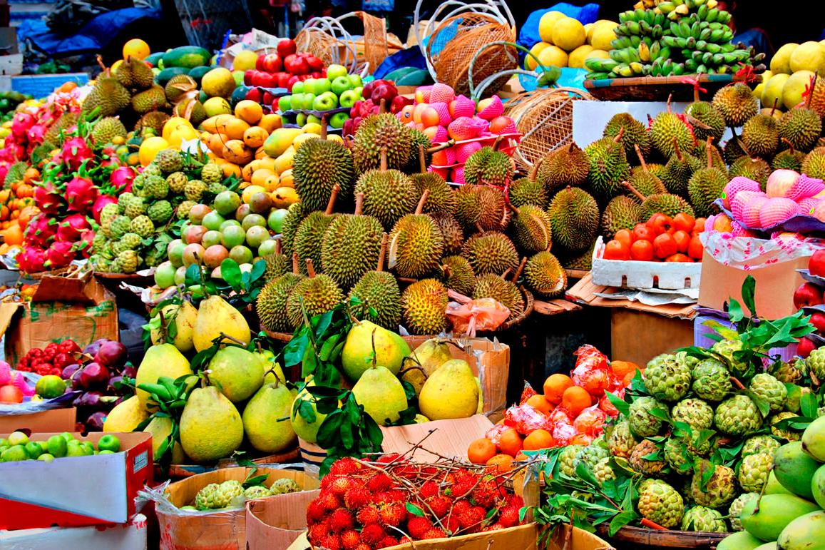 Вкусные, полезные, сочные и ароматные - экзотические фрукты Тайланда доступны круглый год. Фото Татьяна Грозетская