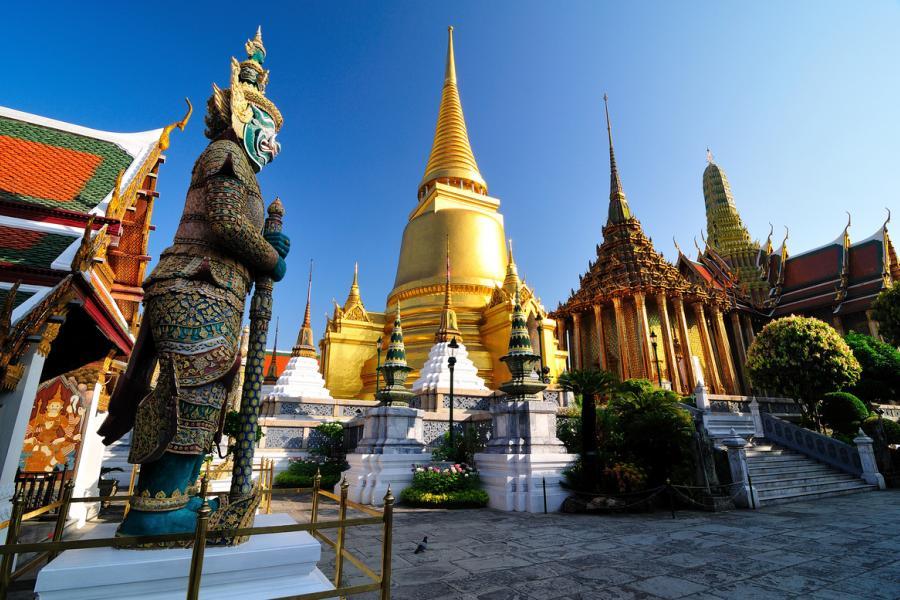 Новые правила посещения храма Изумрудного Будды в Таиланде