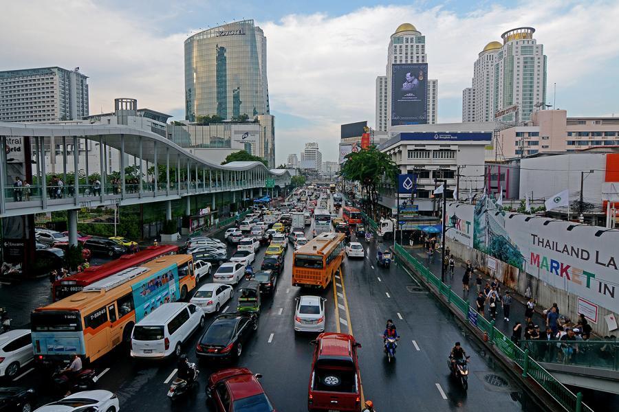 Как добраться в Санам Луанг в Бангкоке, чтоб почтить память Его Величества короля Таиланда
