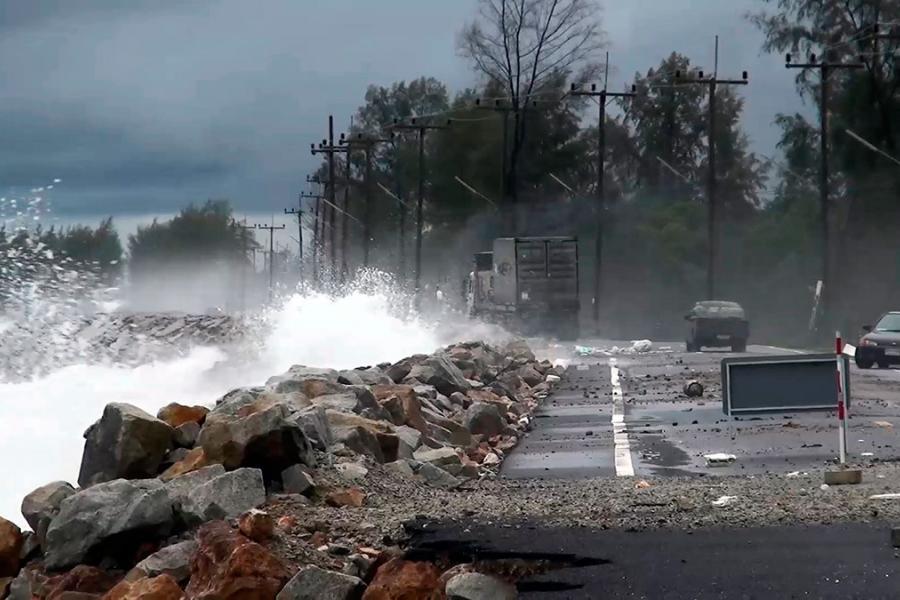 Самуи и Ко Панган объявлены зонами стихийного бедствия из-за циклона на юге Тайланда