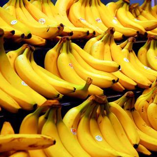 Встречаются яблоко банан и член